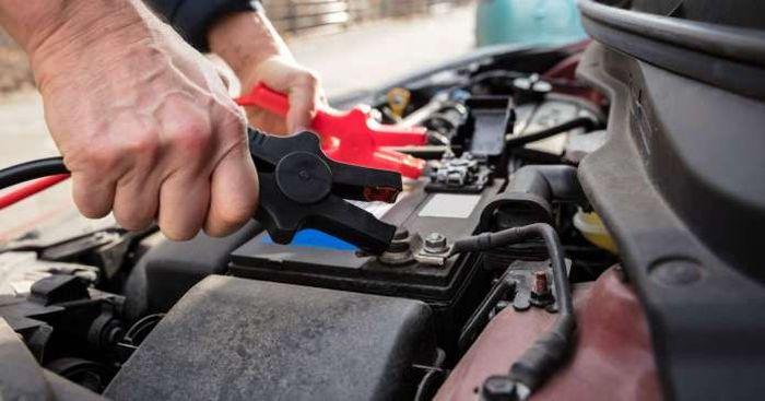 carica batteria auto